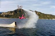 bicycle flip jump nanosecond ocean photo poor_planning rocket tangled // 650x431 // 72.0KB
