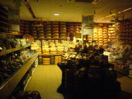 2007 amsterdam cheese shop // 1632x1224 // 507.0KB