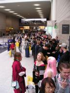 2005 cosplay expo-b paine queue // 768x1024 // 160.0KB