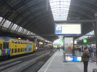 2007 amsterdam train // 1632x1224 // 445.0KB